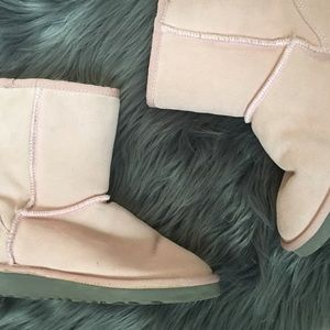 💖 BABY BLUSH PINK CLASSIC SHORT UGG BOOTS LIKE 🆕